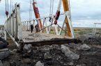 تخریب پل قدیمی مرز سرخس با ترکمنستان آغاز شد/ افتتاح پل دوم احتمالاً اواسط خرداد/  تخریب پل قدیمی از شروط ترکمنستان برای افتتاح پل جدید بود/ تردد روزانه ۱۰۰۰ دستگاه خودرو بین ایران و ترکمنستان با افتتاح پل دوم